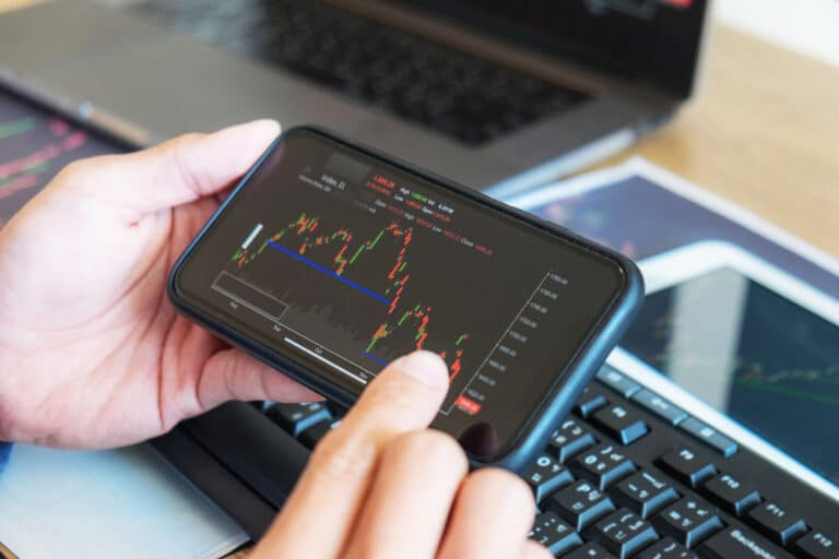 Read more about the article Must-Have Mobile Apps for Forex Traders